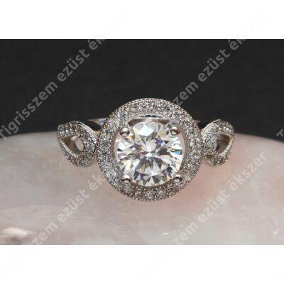 Ezüst gyűrű,női, fehér cirkóniával 52-es