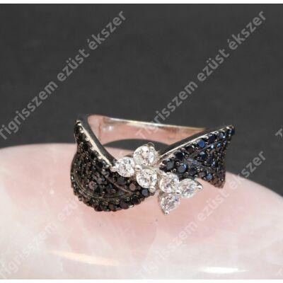 Ezüst gyűrű,női,fehér  és fekete cirkóniával, 56-os