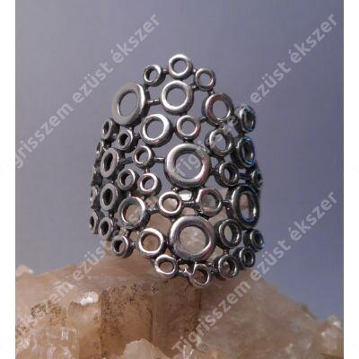 Ezüst női  gyűrű kőnélküli,körök