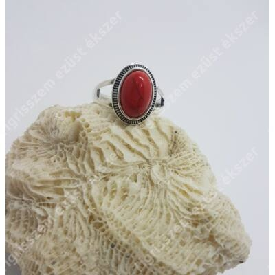 Ezüst + korall gyűrű ovális 57-es