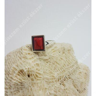 Ezüst + korall gyűrű szögletes 54-es