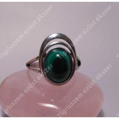 Ezüst  női gyűrű  malachittal