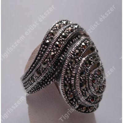 Ezüst gyűrű,női  markazittal