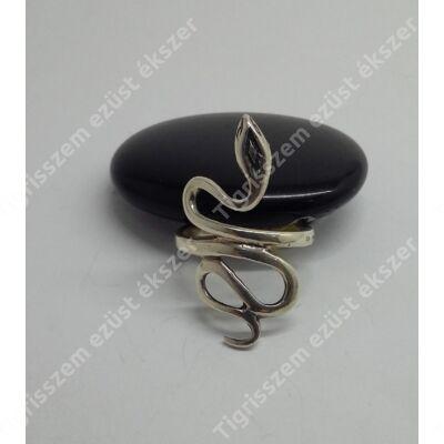 Ezüst gyűrű kígyós,vékony  51-es