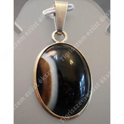 Ezüst  medál nagy méretű ovális ONIX kővel