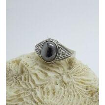 Ezüst gyűrű hematit  kővel  62-es