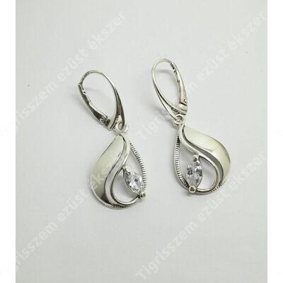 Ezüst fülbevaló cirkónia kővel