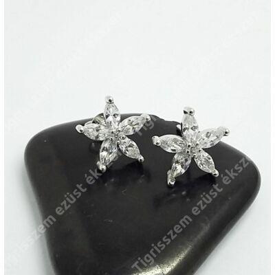 Ezüst fülbevaló,virág cirkónia kővel
