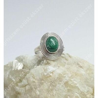 Ezüst gyűrű malachit kővel 53-as