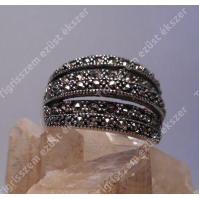 Ezüst gyűrű,női  markazittal 57-es