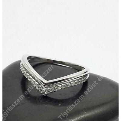Ezüst gyűrű cirkónia kővel 52-es