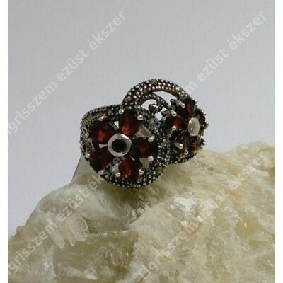 Ezüst gyűrű GRÁNÁTTAL 56-os