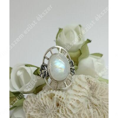 Ezüst gyűrű HOLDKŐVEL 55-ös