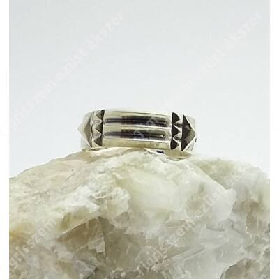 Atlantiszi ezüst gyűrű,csúcsosan domború,59-es