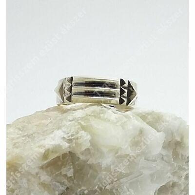 Atlantiszi ezüst gyűrű,csúcsosan domború 53-as