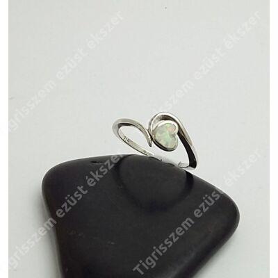 Ezüst gyűrű opállal 52-es,szív