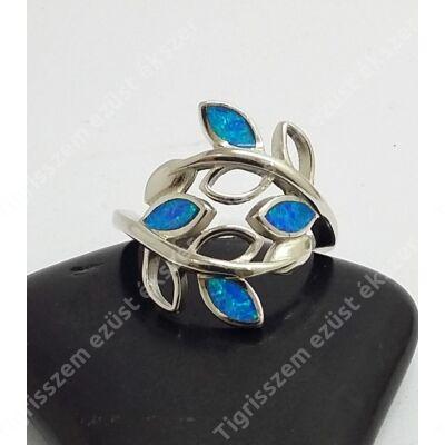 Ezüst gyűrű opállal 55-ös