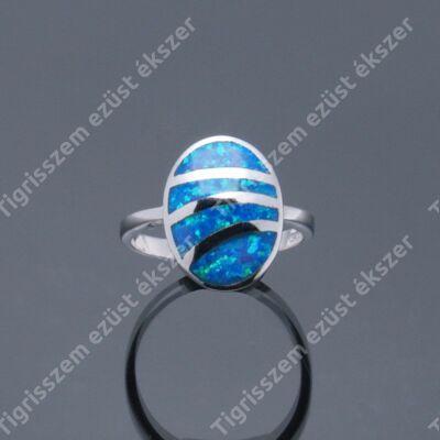Ezüst  női gyűrű kék opállal ,osztott 53-as