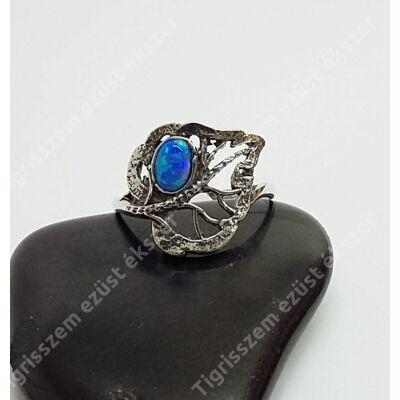 Ezüst gyűrű opál,leveles 59-es