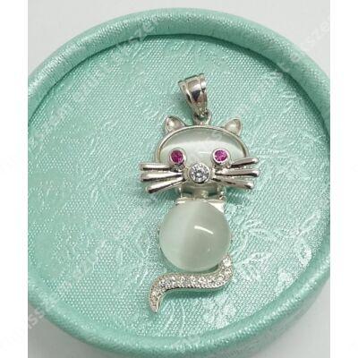 Ezüst medál cica kővel