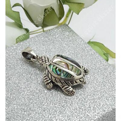 Ezüst pávakagylós teknős medál
